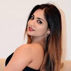 Sheetal Bhonsle 4 of 5
