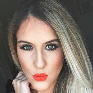 Sheyla Flores 5 of 5