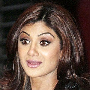 Shilpa Shetty 2 of 4