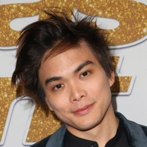Shin Lim 2 of 4