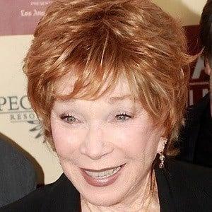 Shirley MacLaine 4 of 10