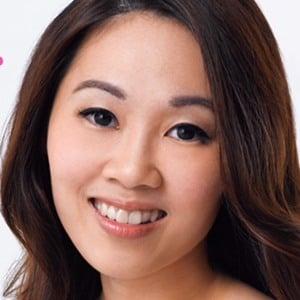 Shirley Wong Headshot 7 of 8