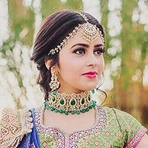 Shobhita Rana 4 of 5