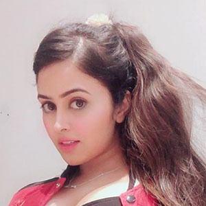 Shobhita Rana 5 of 5