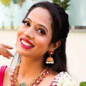 Shruti Arjun Anand Headshot 7 of 10