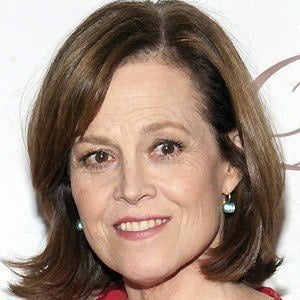 Sigourney Weaver 2 of 10