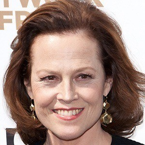 Sigourney Weaver 3 of 10