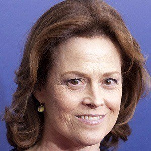 Sigourney Weaver 4 of 10