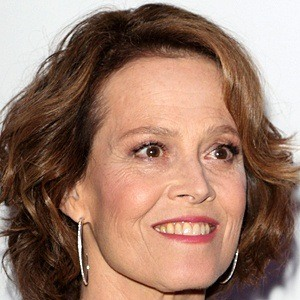 Sigourney Weaver 7 of 10