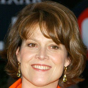 Sigourney Weaver 9 of 10