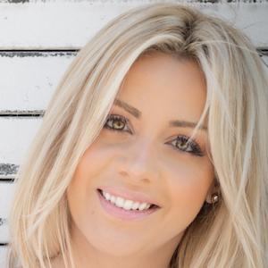 Silvia Reis 4 of 7