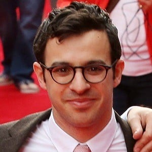 Simon Bird 6 of 8