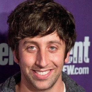 Simon Helberg 4 of 8