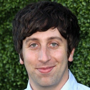 Simon Helberg 8 of 8