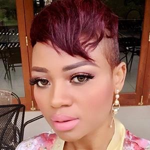 Sindi Dlamini 3 of 6