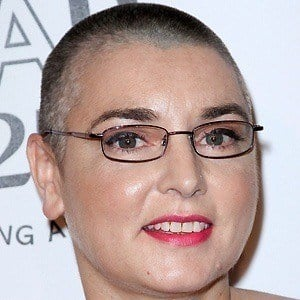 Sinead O'Connor 2 of 6
