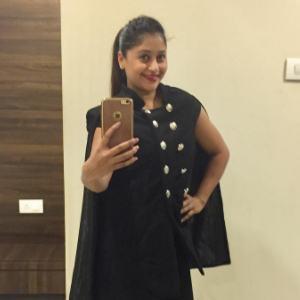 Sneha Kapoor 3 of 6