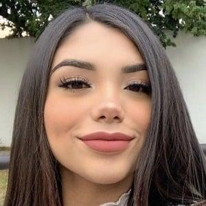 Sofia Donoso Headshot 2 of 10
