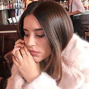 Sofía Serrano 4 of 6