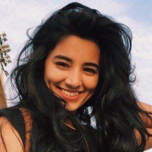 Somya Gupta 5 of 10