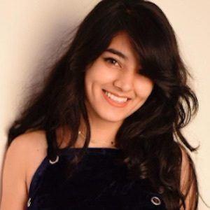 Somya Gupta 6 of 10