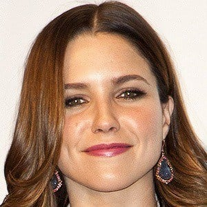 Sophia Bush 4 of 9