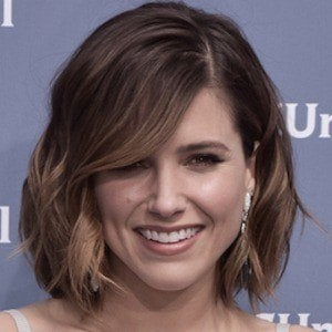 Sophia Bush 6 of 9