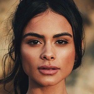 Sophia Miacova 3 of 6