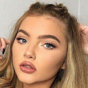 Sophia Mitchell 4 of 10