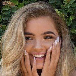 Sophia Mitchell 6 of 10