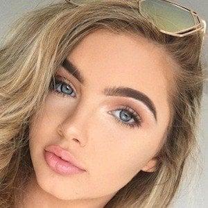 Sophia Mitchell 9 of 10