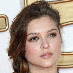 Sophie Cookson 5 of 5