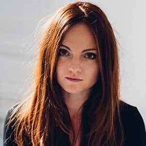 Sophie Riche 2 of 5