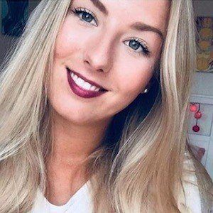 Sophie Sof Headshot 3 of 10