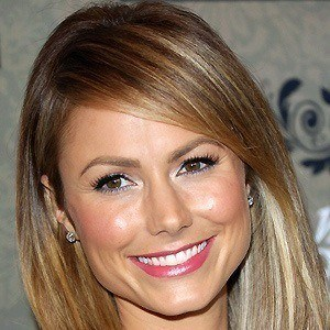 Stacy Keibler 4 of 10