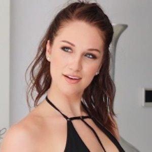 Stefani Somers 6 of 10