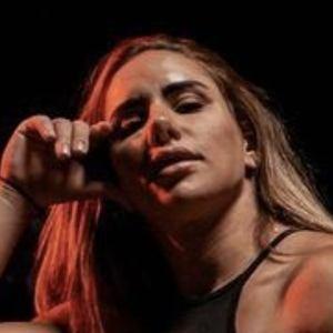 Stefanie Cohen Headshot 8 of 10