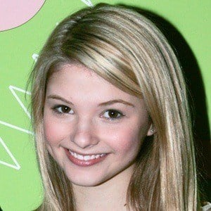 Stefanie Scott 10 of 10