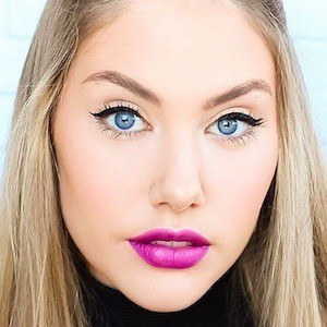 Stephanie Bailey 3 of 3