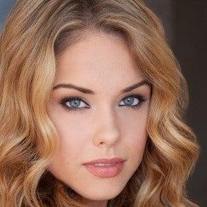 Stephanie Bennett 2 of 3