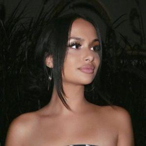 Stephanie De Souza 2 of 10