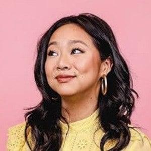 Stephanie Hsu 5 of 6