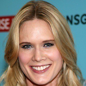 Stephanie March 3 of 9