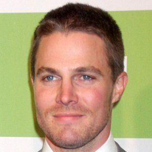 Stephen Amell 9 of 10