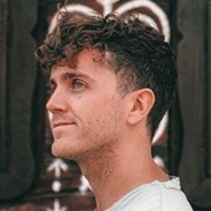 Stephen Parry-Valentine Headshot 4 of 10