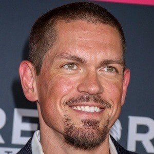 Steve Howey 6 of 6