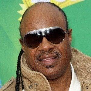 Stevie Wonder 4 of 10