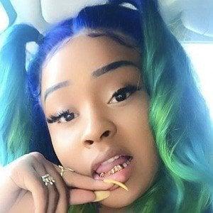 Stunna Girl 6 of 10