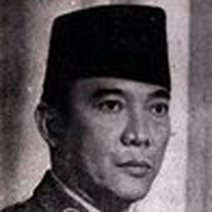 Sukarno 2 of 4