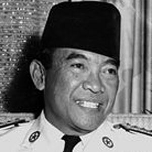 Sukarno 4 of 4